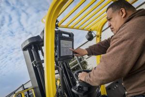 Rugged Tablet Xplore L10 Forklift